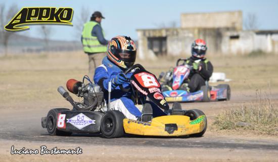 Federico Morey con karting nuevo a Olavarría